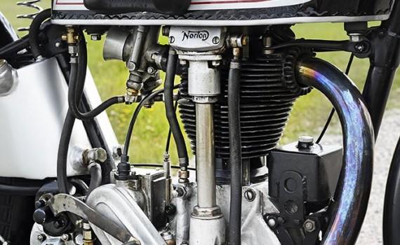 Norton CS1 1930, vinnare av Saxtorp 1930 med Jimmy Simpson. Ägare Hasse Bergentoft, Nyköping.
